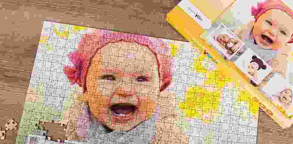 Fotopuzzle kolaż z własnym tłem